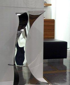 Silhouette-inox-a-specchio-h-cm-73